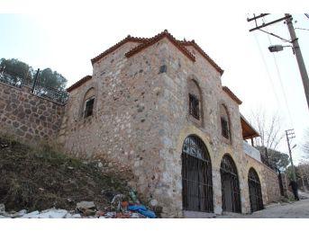 (özel Haber) 700 Yıllık Darphane Binası Kaderine Terk Edildi