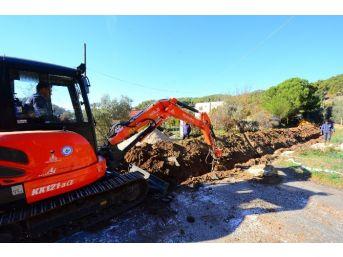 Marmaris'te Mahallelerin İçme Suyu Hattı Yenileniyor