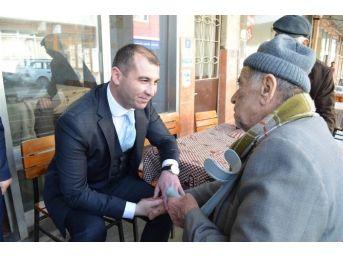 Kaymakam Çelik, Adnan Menderes Mahallesi'ni Ziyaret Etti