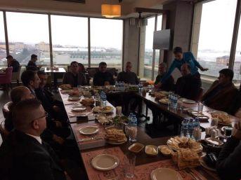 Kaymakam Özkan, Otel İşletmecileri Bir Araya Geldi