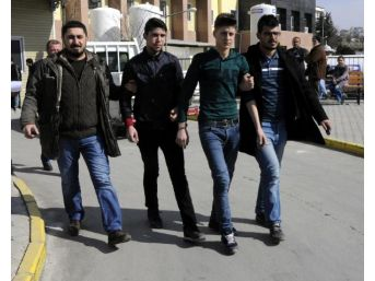 Cinayet Şüphelisi 4 Suriyeli Adliyeye Sevk Edildi