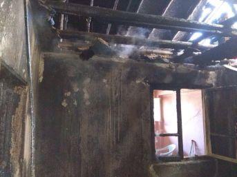 Uşak'ta Ev Yangını: 1 Ölü