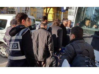 Uşak'ta Fetö/pdy'den 10 Kişi Tutuklandı