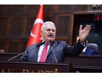 """Başbakan Yıldırım: """"evet' Deyince Ülke Bölünecek Olsa, Önce Kandil Koşa Koşa Evet Der"""""""
