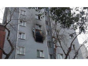 Bandırma'Da Otelde Korkutan Yangın