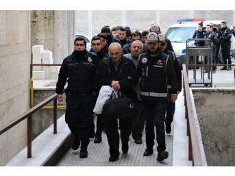 Fetö Operasyonunda Gözaltına Alınan 15 Şüpheli Adliyeye Sevk Edildi