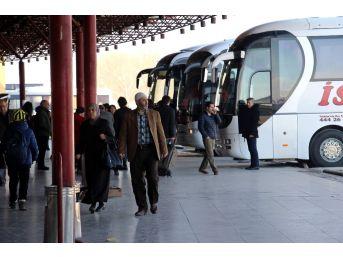 (özel Haber) Referandum Rüzgarı Otobüs Terminallerini De Etkisi Altına Alacak