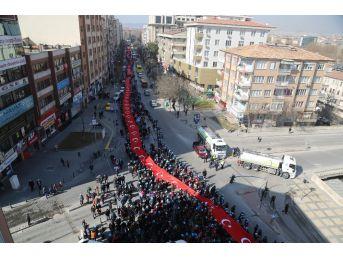 Dev Türk Bayrağı İle Cumhurbaşkanı Erdoğan'a 'evet' Desteği