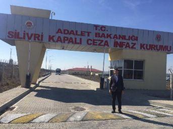 Chp'li Adıgüzel'Den, Cumhurbaşkanı'Na Hakaretten Tutuklanan Gence Ziyaret