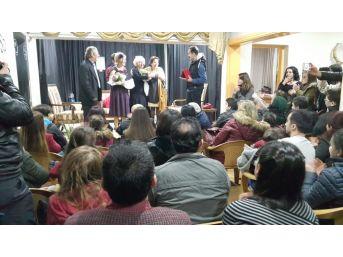 Umut Tiyatrosu Seyirci İle Buluşacak