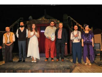 Akşehir'de İbiş'in Rüyası Seyirciyle Buluştu