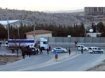 Mardin'de Yol Kenarına Tuzaklanmış Patlayıcı Bulundu