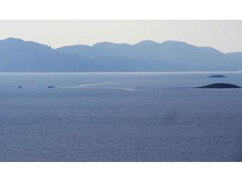 Yunan Askerleri Kardak'a Yaklaşamadı