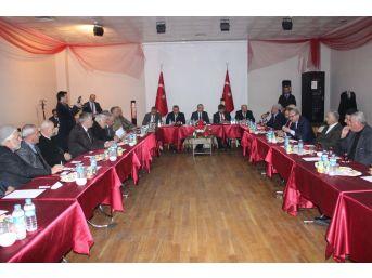 Vali Yavuz Kanaat Önderleriyle Bir Araya Geldi