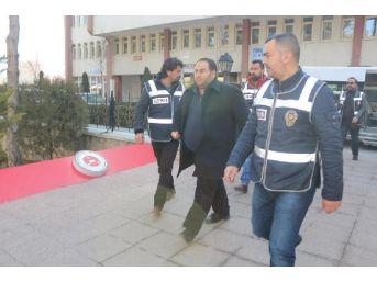 Niğde'De Fetö'Den 4 Avukat Tutuklandı...