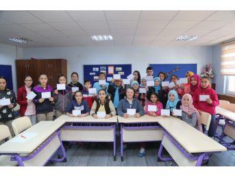 Rize'de Ortaokul Öğrencilerinden Askerlere Moral Mektubu