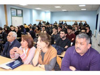 Akyazı Myo'da 'kariyer Günleri' Etkinliği Düzenlendi