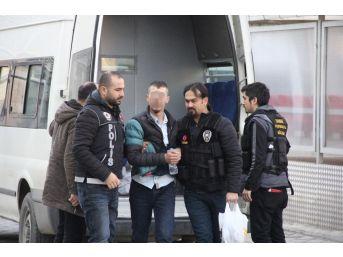 17 Paket Bonzai İle Yakalanan Şahıs Tutuklandı