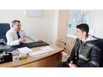Kazada Felç Kalan Genç, 15 Dakikalık 'hipnoterapi' Ile Iyile...