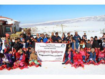 Ercişli Öğrenciler Abalı Kayak Merkezinde Gönüllerince Eğlendi