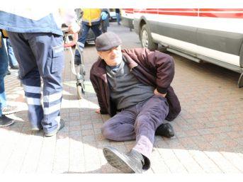 Direksiyon Başında Rahatsızlanınca Kaza Yaptı: 1 Yaralı