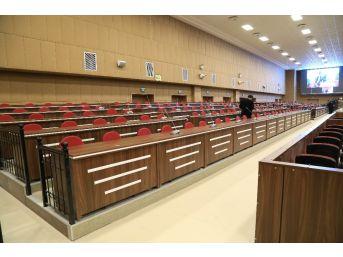 Türkiye'nin En Büyük Duruşma Salonu Fetö'cü Darbecileri Yargılamak İçin Hazır