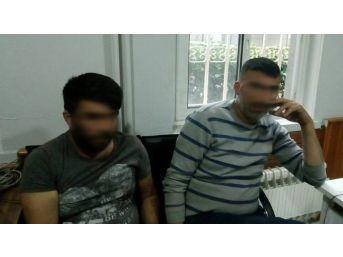 Çeşme Polisi Hırsızları Dedektif Gibi Yakalattı