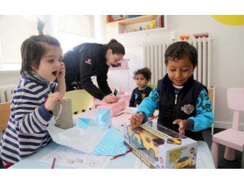 Sivas Valisi'nden Cezaevindeki Çocuklara Oyuncak
