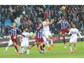 Trabzonspor Kalesini Gole Kapadı