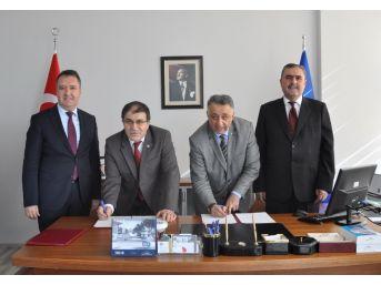 Uşak Üniversitesi İle Ödemiş Milli Eğitim Müdürlüğü Arasında Protokol İmzalandı