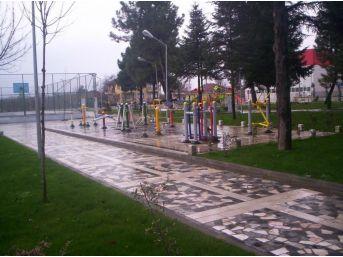 Aziziye Mahallesine Dördüncü Oyun Parkı