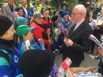 Başkan Kurt Kadın İşçilerle Bir Araya Geldi