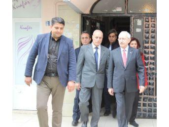Kılıçdaroğlu'ndan Şehit Eker'in Ailesine Ziyaret