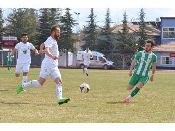 Kırşehir Spor Evinde Kayseri Şeker'e Yenildi