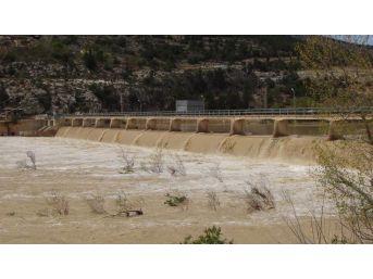 Silifke'de Göksu Irmağının Debisi Yükseldi, Bin 109 Dekar Alan Zarar Gördü