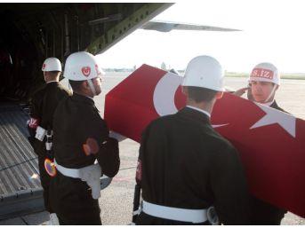Şehit Er Hüseyin Koroç'un Cenazesi Askeri Uçakla Şanlıurfa'ya Gönderildi