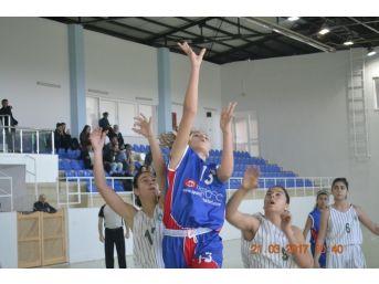 Basketbol Yarı Final Maçları Didim'de Tamamlandı