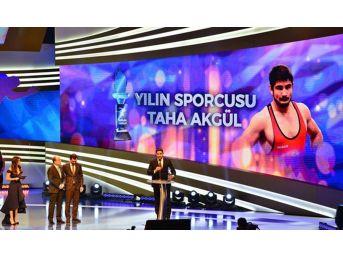 Olimpiyat Şampiyonu Taha Akgül Yılın Sporcusu Seçildi