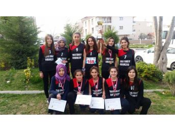 Atatürk Mesleki Ve Teknik Anadolu Lisesi Oryantiringde Birinci Oldu