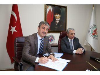 Turgutlu'da Kurslar İçin Protokol İmzalandı