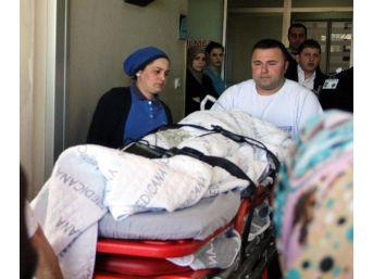 Eşarbını Makineye Kaptıran Iraklı Kız Ölümden Döndü