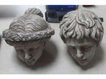 Helenistik Döneme Ait Iki Insan Başı Figürüyle Yakalandı