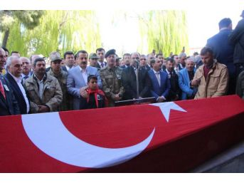 Şehit Er Hüseyin Koroç, Şanlıurfa'da Toprağa Verildi