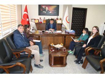 Öğrencilerden Hastane Yöneticisi Doğan'a Ziyaret