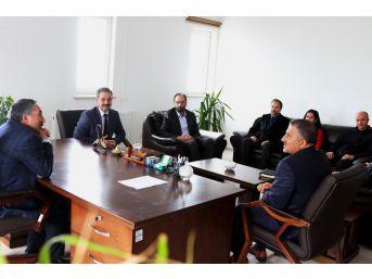Ağrı İbrahim Çeçen Üniversitesi Rektörü Eleşkirt'e Ziyarette Bulundu