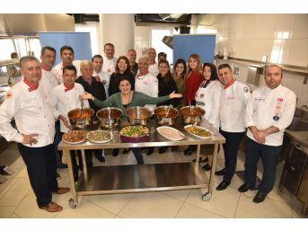 Alanya Belediyesi Yöresel Yemek Atölyesi Haliç'e Hazır