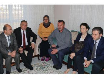 Bolu Belediye Başkanı Yılmaz'dan Şehit Ve Gazi Yakınlarını Ziyaret Etti