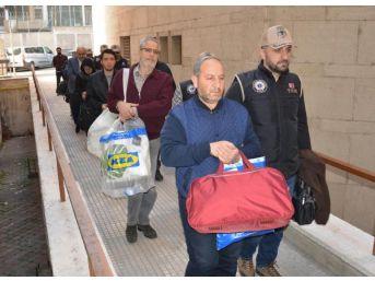 Bursa'da Fetö Operasyonunda Gözaltına Alınan 7 Şüpheli Adliyede