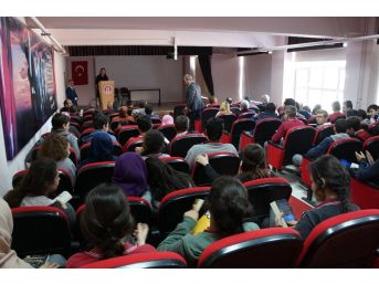 Lapseki'de 53'üncü Kütüphaneler Haftası Kutlama Etkinlikleri