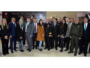Uluslararası Truva Atı Kısa Film Festivali Başladı